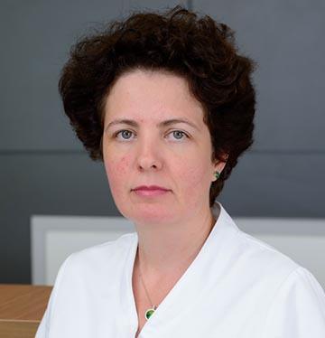 Dr. Iulia Iezan